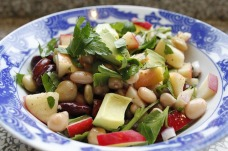 Mixed bean salad with apple and avocado (from pixabay.com)